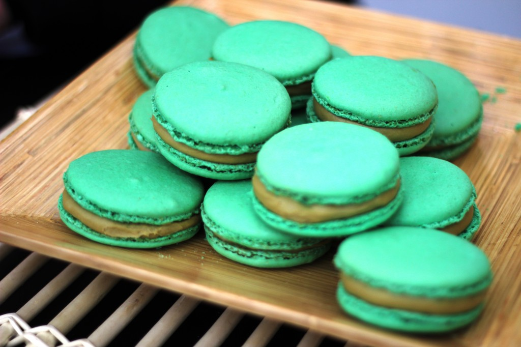 macaron pistache fourre au macha