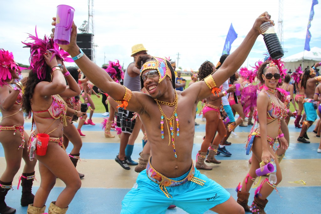 ile de la barbade barbados island caraibes caribean crop over festival culture event
