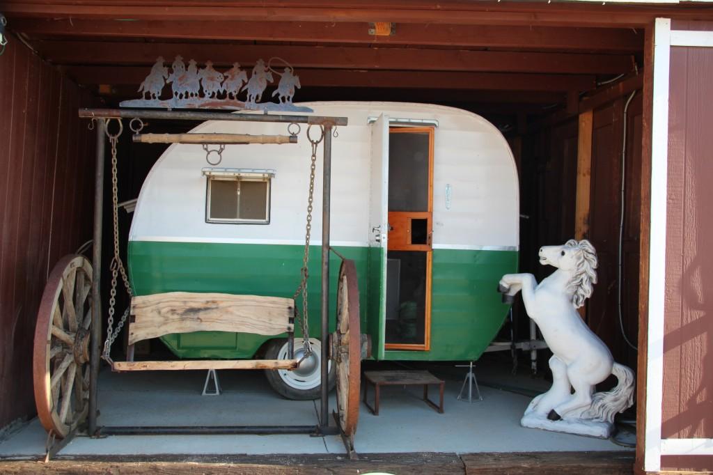 Hicksville Trailer Palace Joshua Three California Road Trip Motel Usa