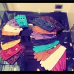 Des gants de cuir rétro et colorés chez Piumelli