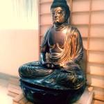 Où poser à côté d'un Bouddha à Paris